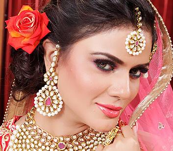 bridal makeup hairstyle - Looks Salon