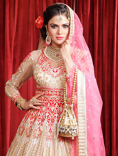 wedding makeup style - Looks Salon